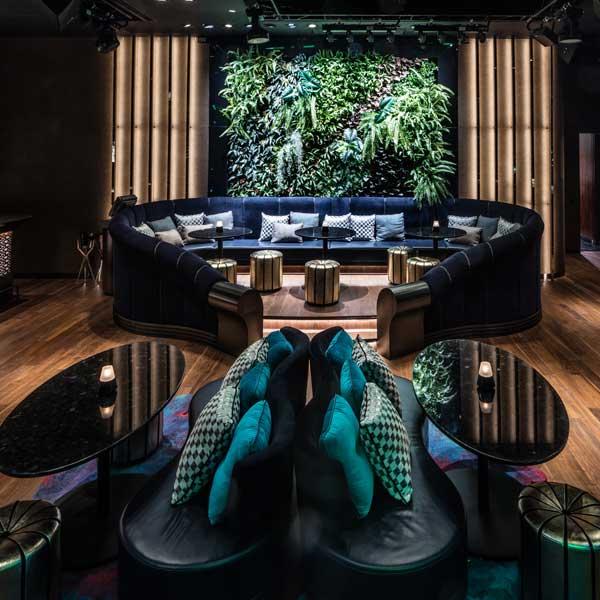 Tropical party at ce la vi for Hotel design ce