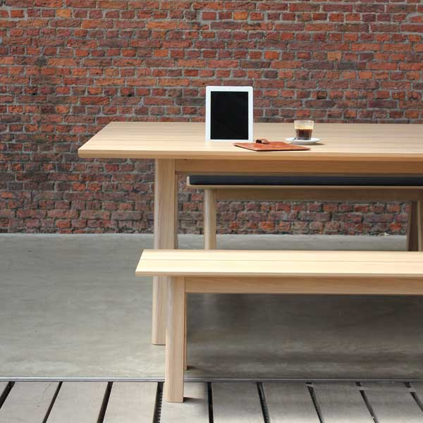 buzzi-picnic-oak-wall-left%20vert_0