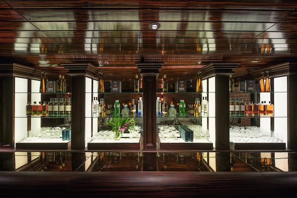 Landmark Mandarin Oriental, Hong Kong