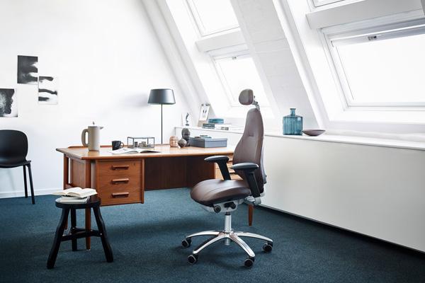 RH Mereo Scandinavian Business Seating