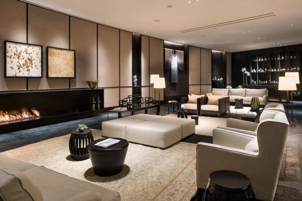 Piero Lissoni's Italian Perspective At The Middle House