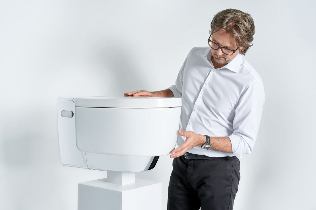 Prime Sleek Form Meets Precision Technology In Geberit Aquaclean Mera Dailytribune Chair Design For Home Dailytribuneorg