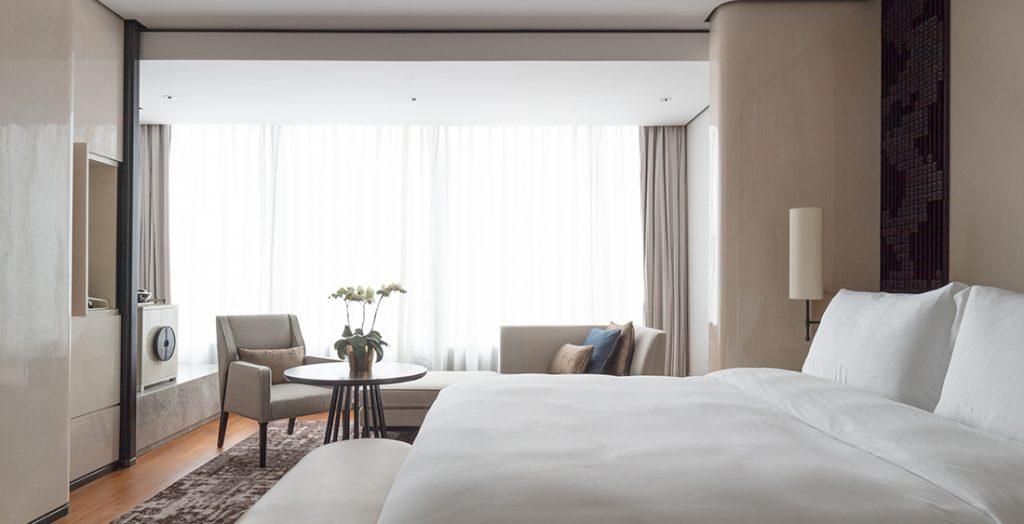 LTW_Jumeirah_Nanjing-Guestroom-4_inline