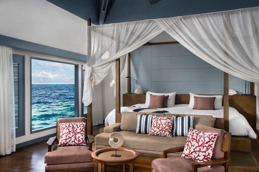Bedroom c Raffles Maldives Meradhoo