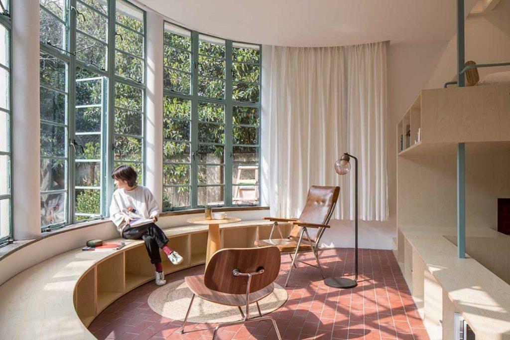 5_A-U-shaped-room