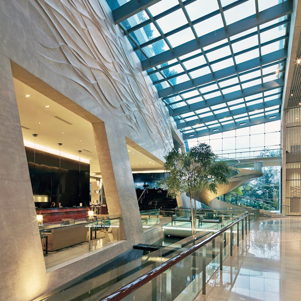 Hilton-Bandung-(Indonesia)-2
