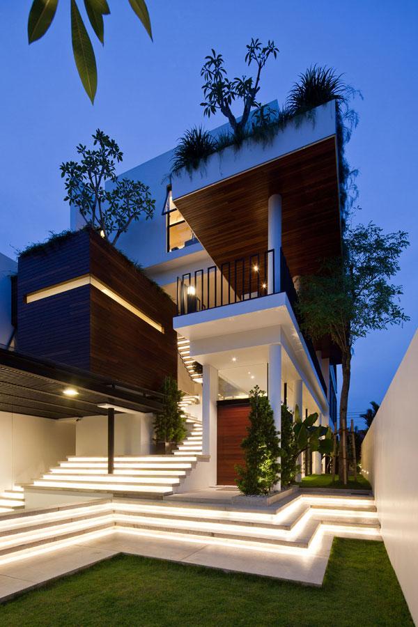 House-@-Crowhurst-Drive---facade