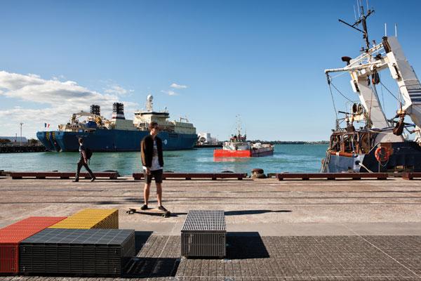TCL_-Auckland-Waterfront_Simon-Devitt_01