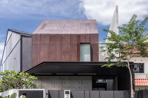 Edmund_Ng_Corten_House_facade