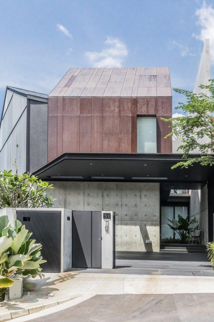 Edmund_Ng_Corten_House_facade_vertical