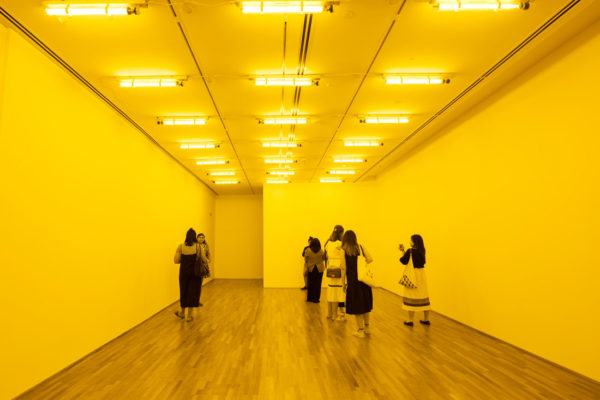 Minimalism_Olafur-Eliasson_Room-for-one-colour