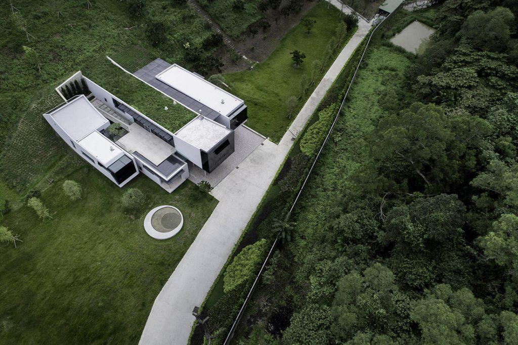 Golden-Pin_Spatial_House-Hill_Best-Design_1