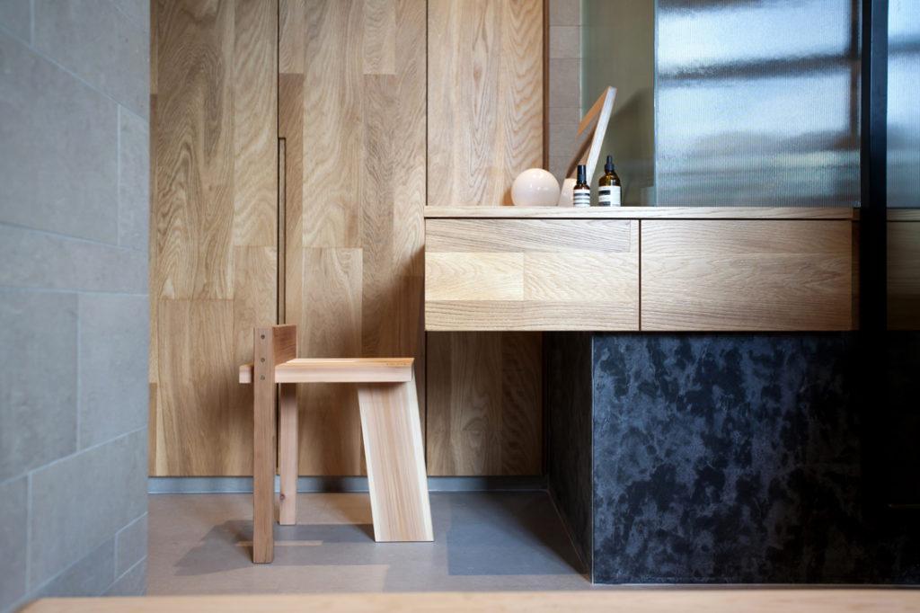 Studio Adjective Taikoo Shing Apartment counter and stool