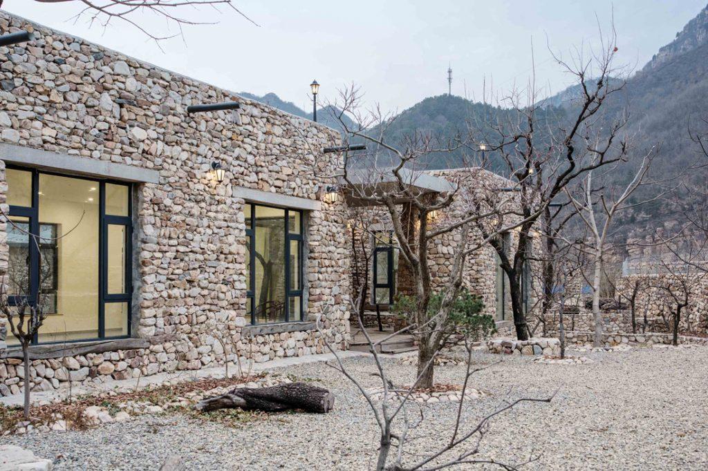 SG-Mark_moss-stonehouse-amp-garden