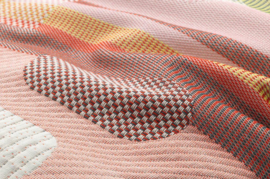 Vlinder Vitra W Atelier light reds textile detail