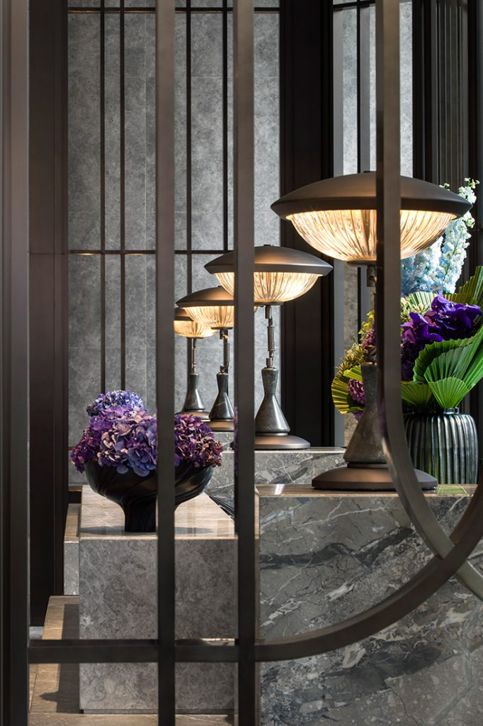 andre-fu-afso-st-regis-the-great-room lamps