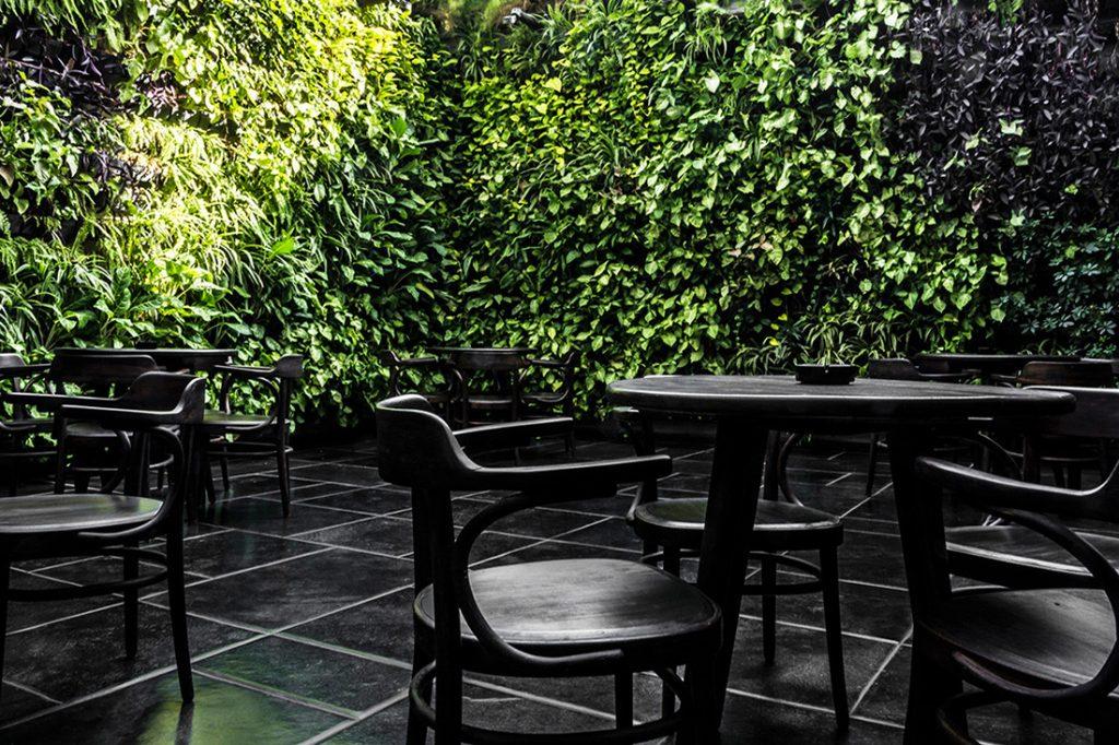 Java-IKSOI-DesignStudioccVishalMehta_outdoordining