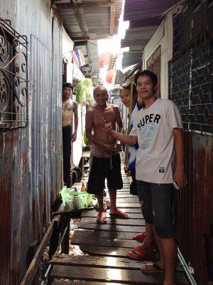 Chat-Architects_Bangkok-Bastards_samsen-shantytown