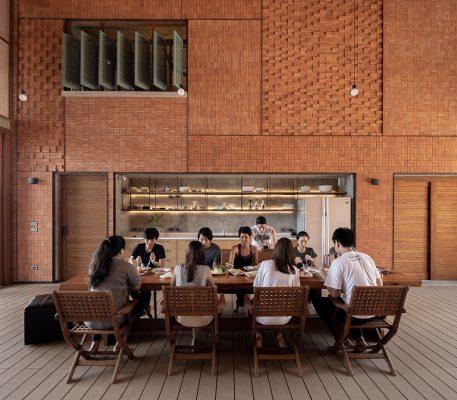 Chat-Architects_Sala-Areeya_meal_ph-Ketsiree-Wongwan