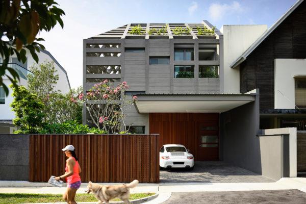 HYLA Concrete light house street-front