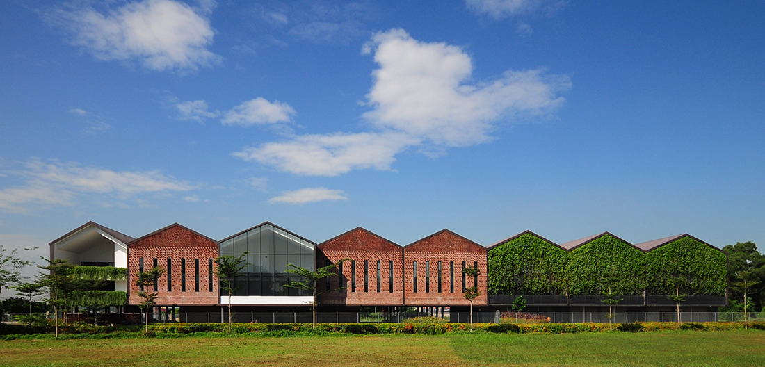L Architects A-Series-of-Barns