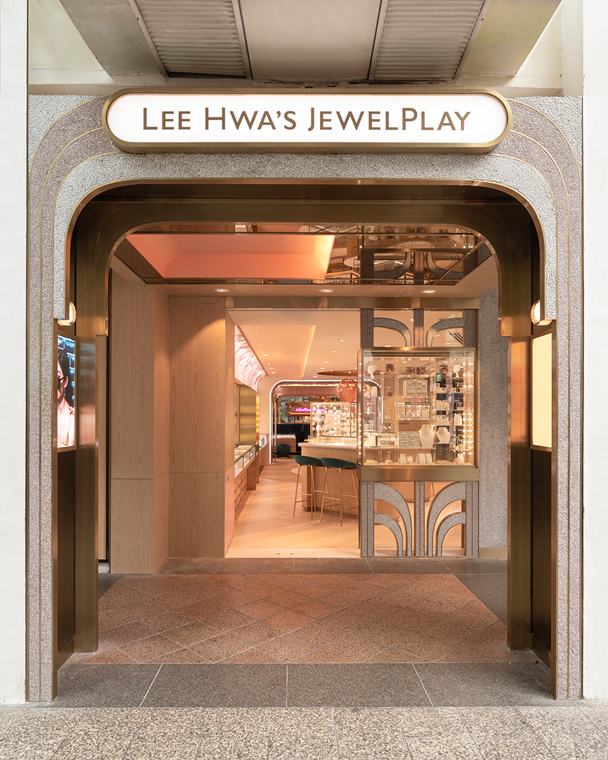Lee-Hwa-Jewel Play_Bugis Junction_Parable Ken Yuktasevi