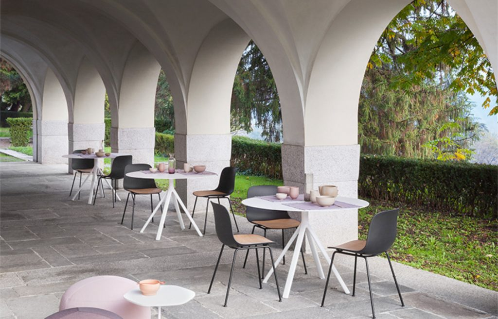 Fork Chairs Outdoor Dining Setting