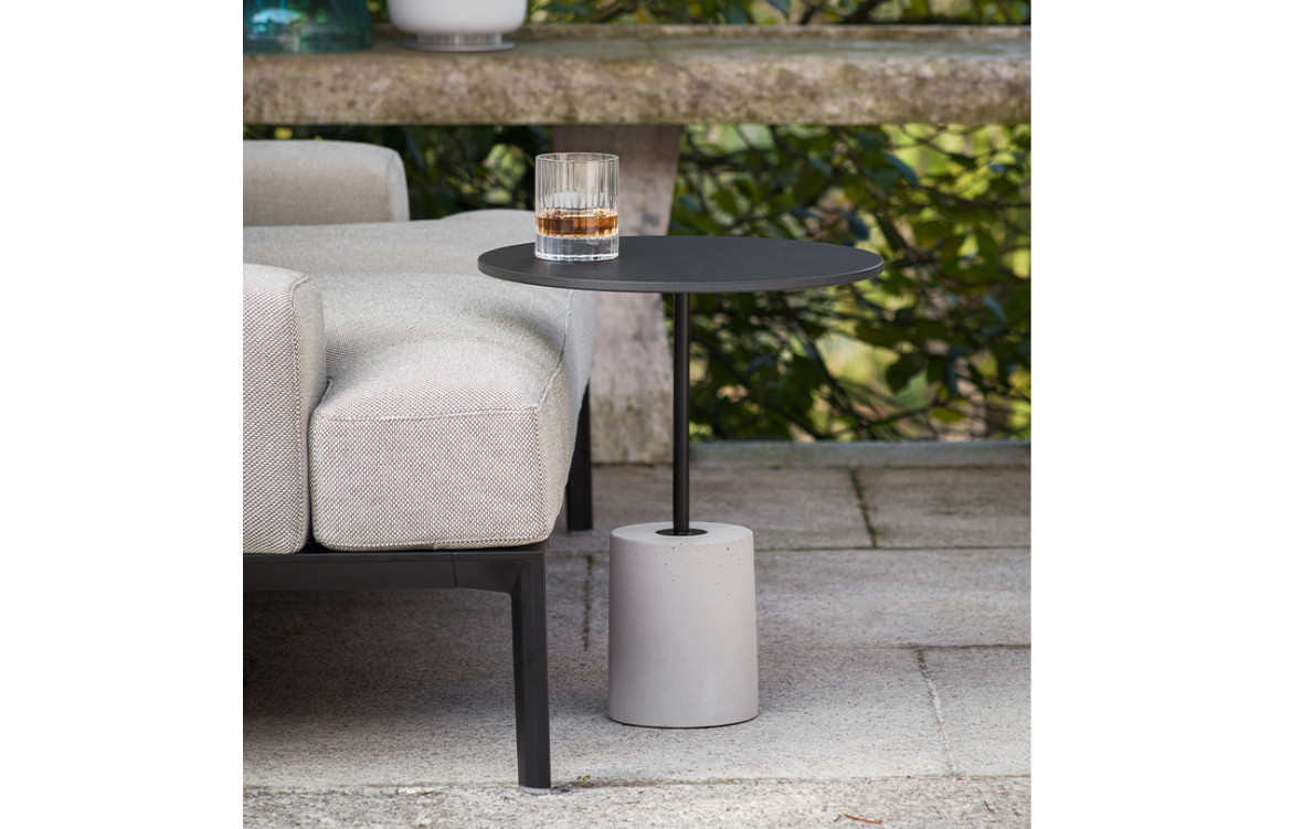 Jey Occasional Table in Black