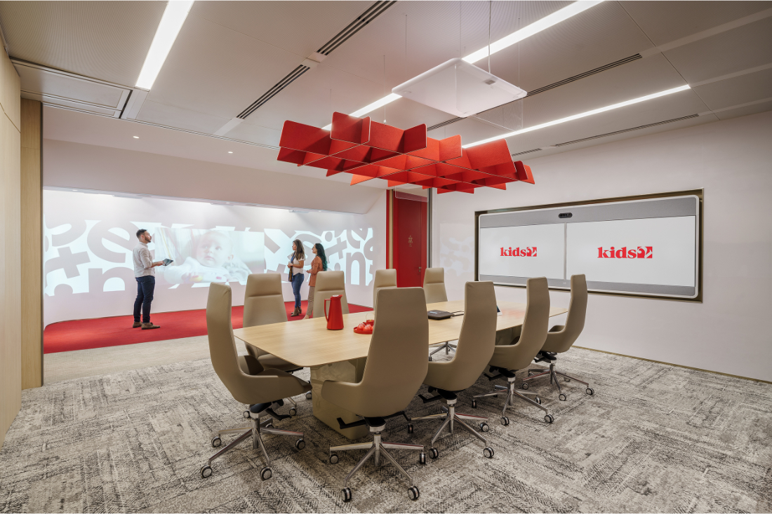 Kids2-Shanghai-workplace-boardroom-and-digital-experience-area
