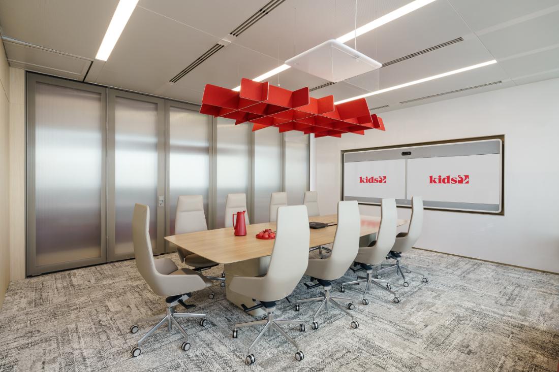 Kids2-Shanghai-workplace-boardroom