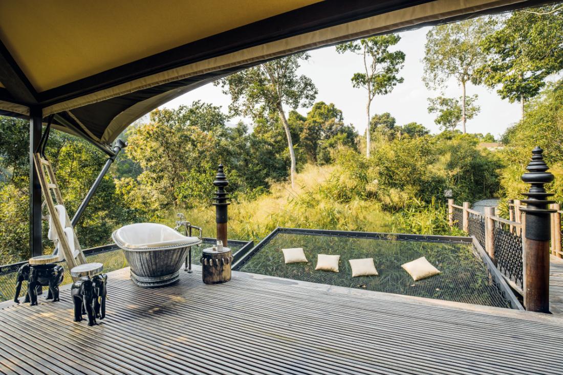 sustainability-in-hotel-design-Wild-Tent-at-Shinta-Mani-Wild-by-Bill-Bensley
