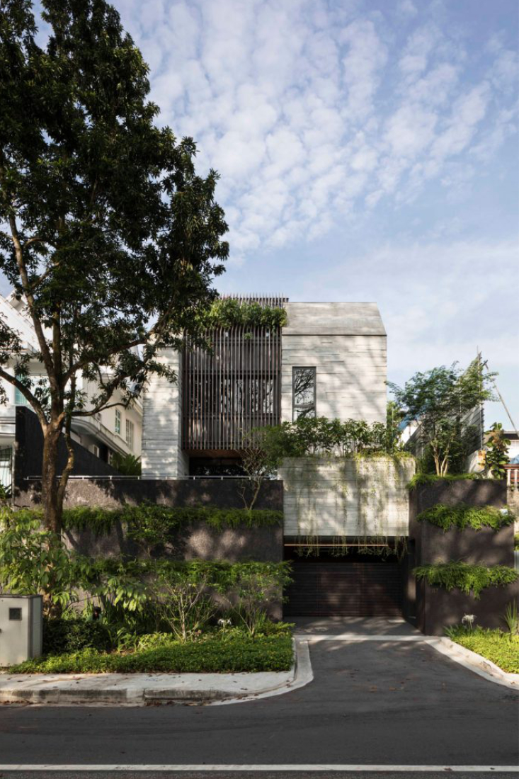 Grotto-House-concrete-by-Formwerkz-Architects