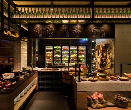 Qt Gold Coast Hotel Architecture Amp Design