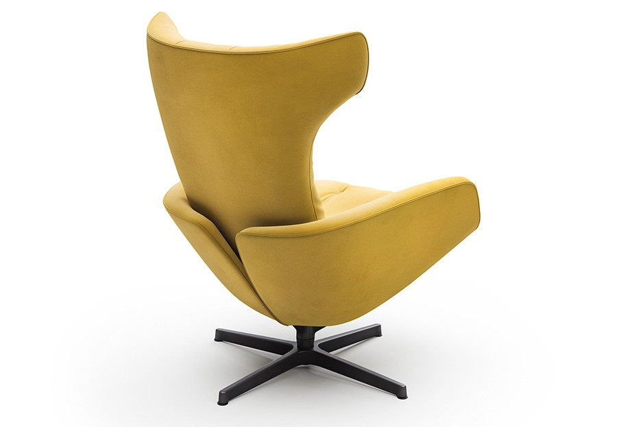 The Onsa Chair is a new addition to Walter Knoll's range.