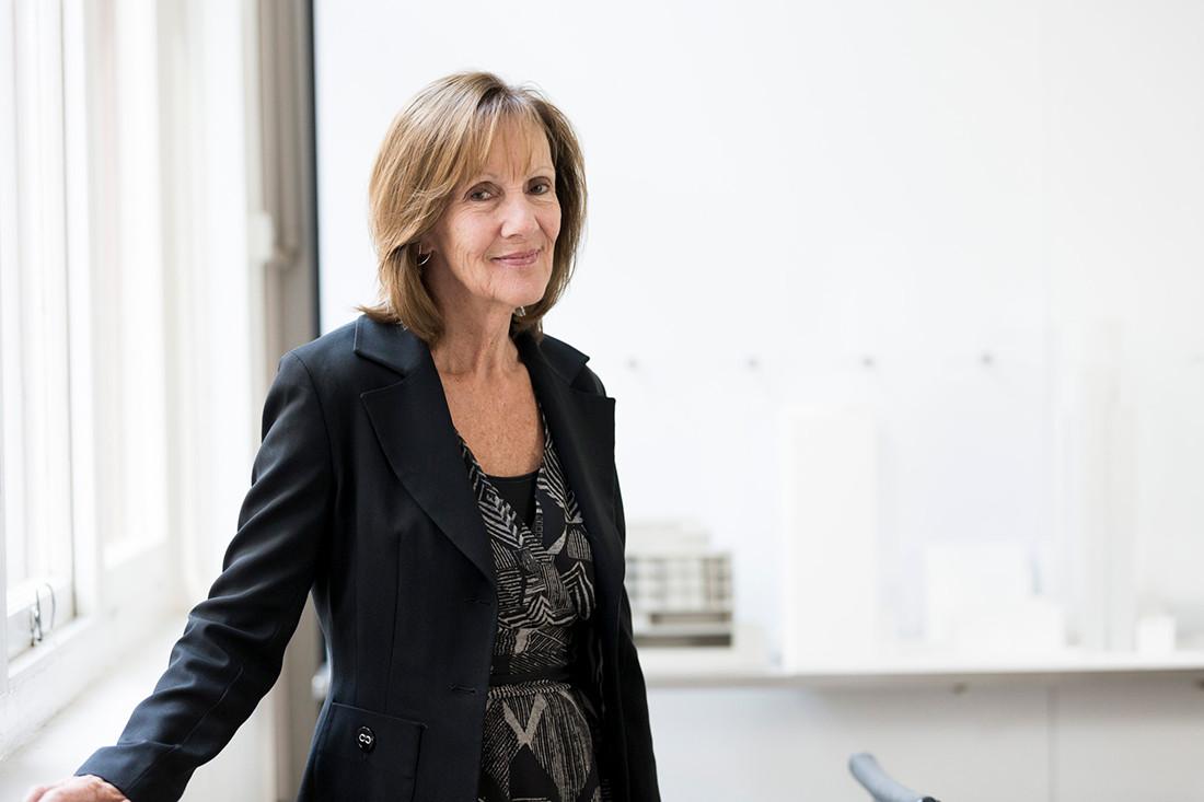 Queen of Australian interior design Sue Carr awarded an AM
