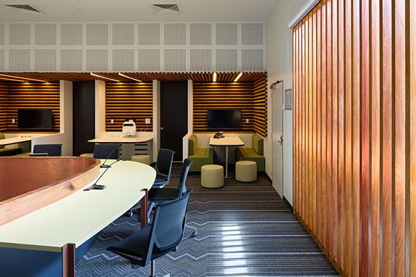 University-of-Queensland-Goddard-Rooftop-Workplace-02