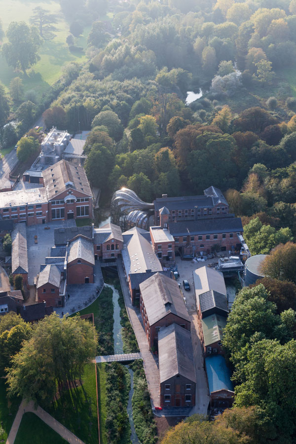 Bombay-Sapphire-Distillery-at-Laverstoke-Mill-4---Iwan-Baan-Credit
