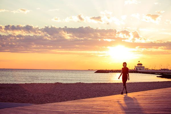 QueensRd_Hero_Beach_Sunset