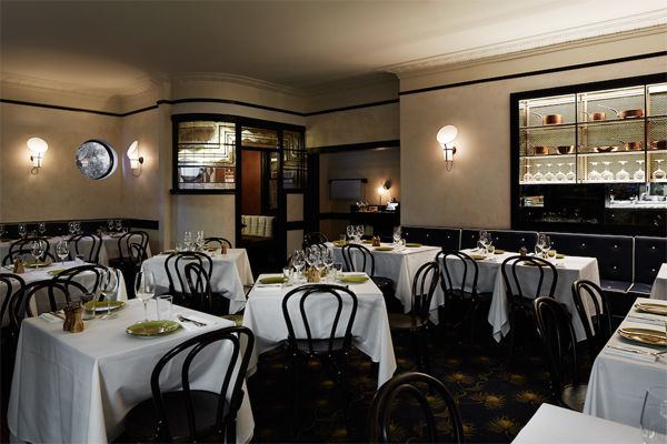 The Ivy Soho Brasserie: Where the cool crowd goes to eat at London Fashion Week foto