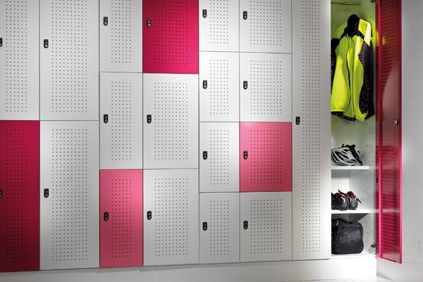 Planex-xLocker2-Coat-Rack-&-Shelves_0035