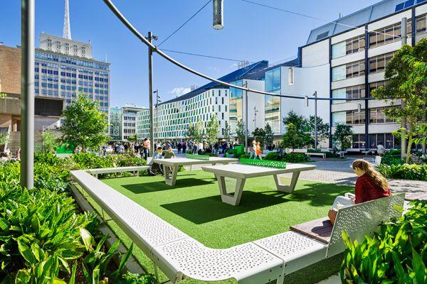 Design Excellence in Landscape Architecture -  ASPECT Studios for the UTS Alumni Green