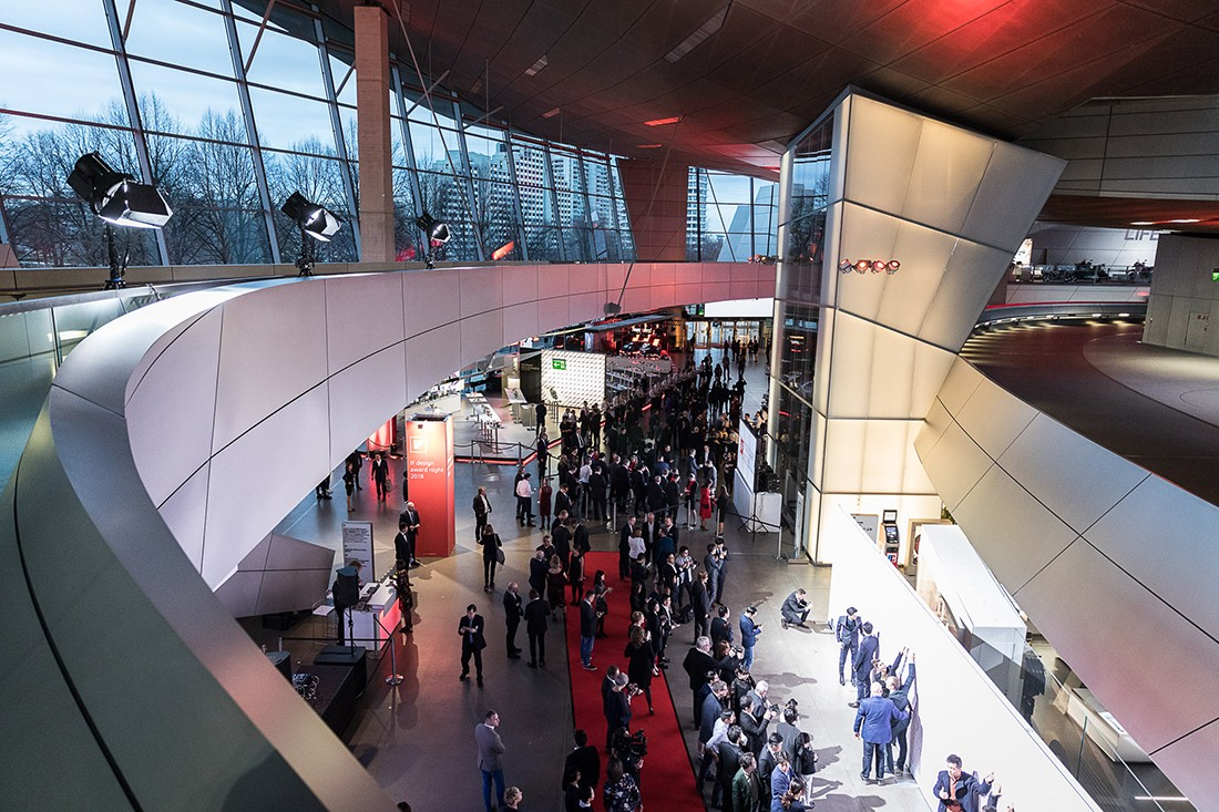The ceremony took place in BMW Welt, designed by Coop Himmelb(l)au.