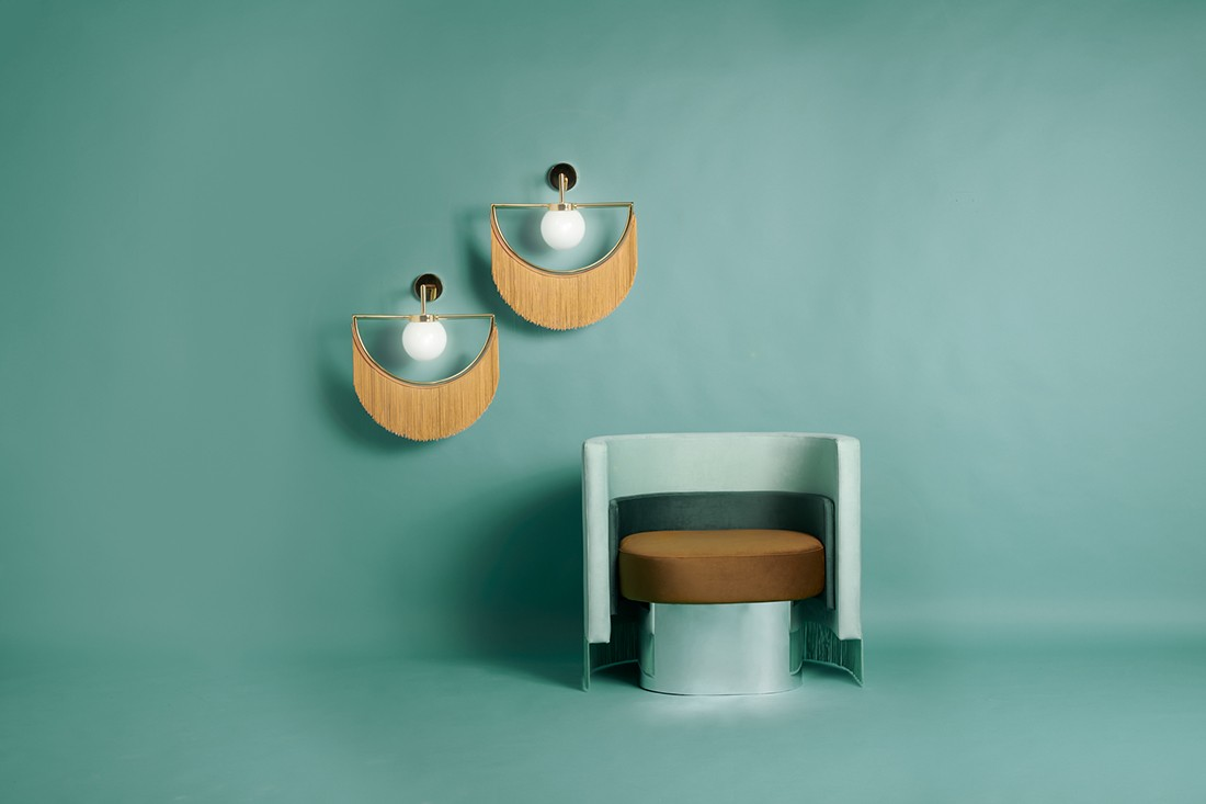 Wink lamps with the Mambo chair.