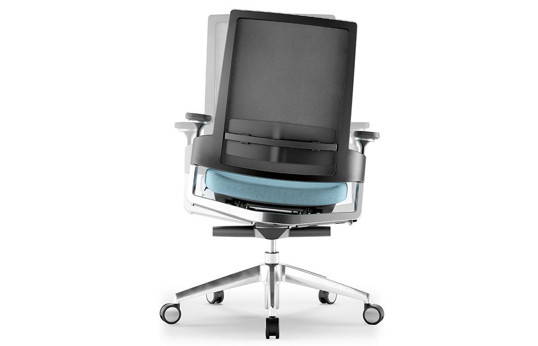 3.60 Chair 2