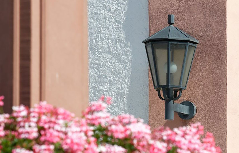 Outdoor Wall Luminaire Pink Wall