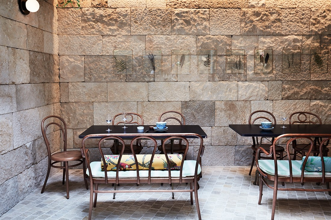 Sandstone is used to add to the classic charm of the space.