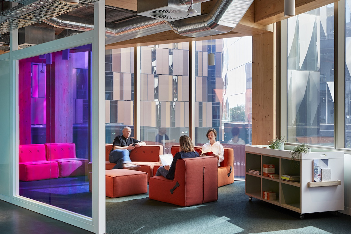 A purple wall in the Architectus' Melbourne Entrepreneurial Centre office