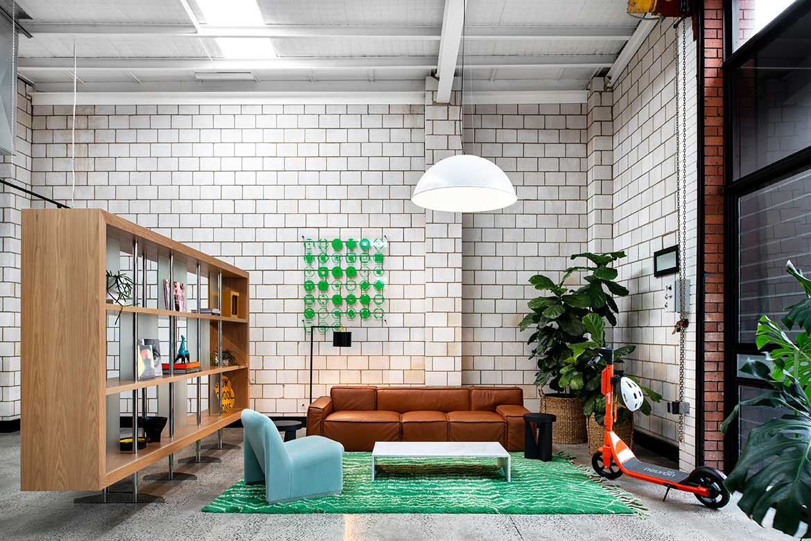 Conventional workplace design doesn't fit for Square Peg Office