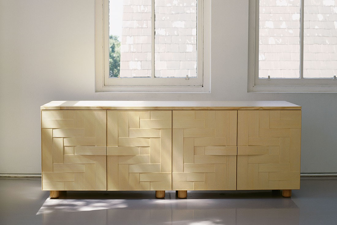 Woven console in Ash timber by Caroline Casey.