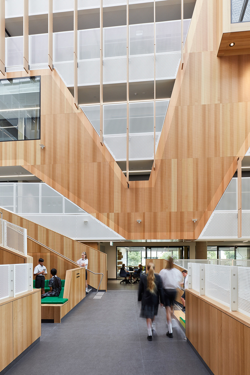 Adelaide Botanic High School by DesignInc, Cox Architecture, AECOM and TCL. Photo by Sam Noonan.